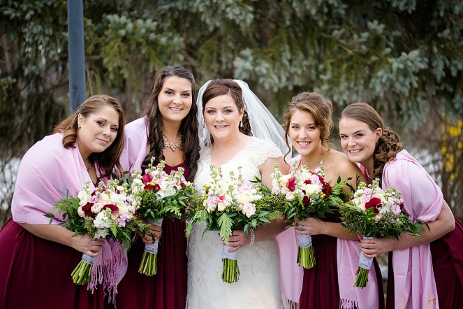 Jaclyn Irwin along with her bridesmaids.
